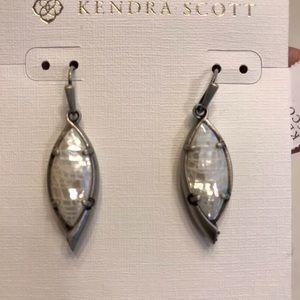 Kendra Scott Maxwell Earrings NWT